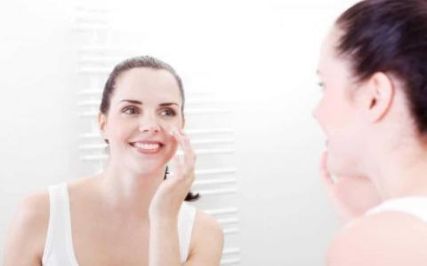 Peptides in Skincare: Learn the Benefits